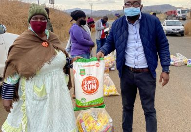 Community applauds Booysendal for massive donations